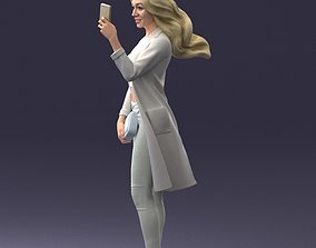 Selfie beautiful girl 0604 3D Print Ready