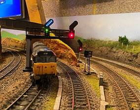 OO Model Railway Modern Signal Gantry with hidden cable