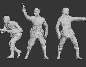 German officer and German soldiers 3D print model