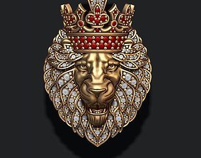 3D printable model Leon pendant with diamonds and crown