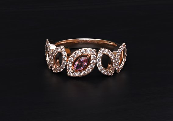 Fancy pink marquise  center diamond
