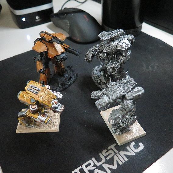 Good guys vs bad guys.  -  epic - armageddon titan fight.