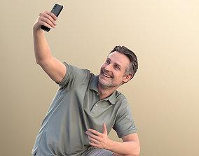 Will 10847 - Man Kneeling And Taking A Selfie 3D model