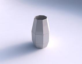 3D printable model Spacious vase with huge plates